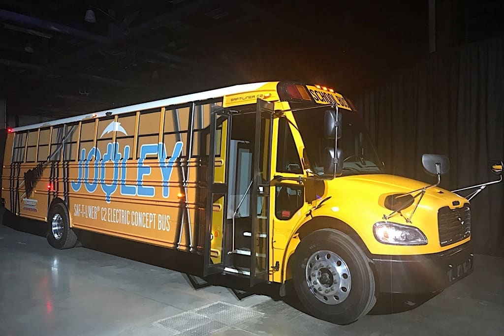 Thomas Built Buses >> Thomas Built Buses Ignites More Electric Talk With New Zev Stn Media