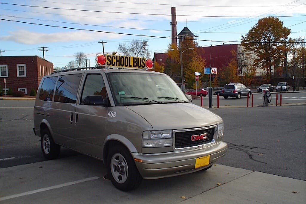 20e946e5f6 Schools Reminded Not to Use Vans for Student Transportation - STN Media