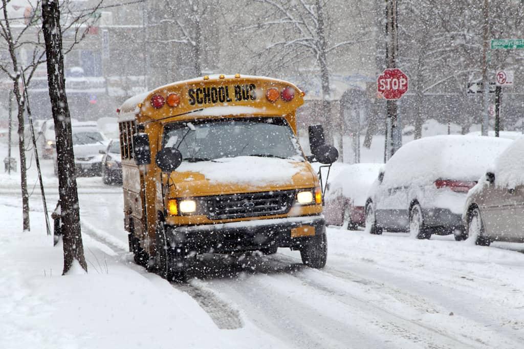 School Buses, Students Brave Harsh Winter Weather - STN Media