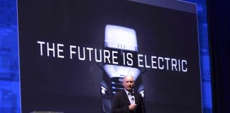 Daimler CEO Roger Nielsen commented that the high price, size and weight of battery packs for electric vehicles remain a difficult challenge to improve. (Photo by Taylor Hanson.)