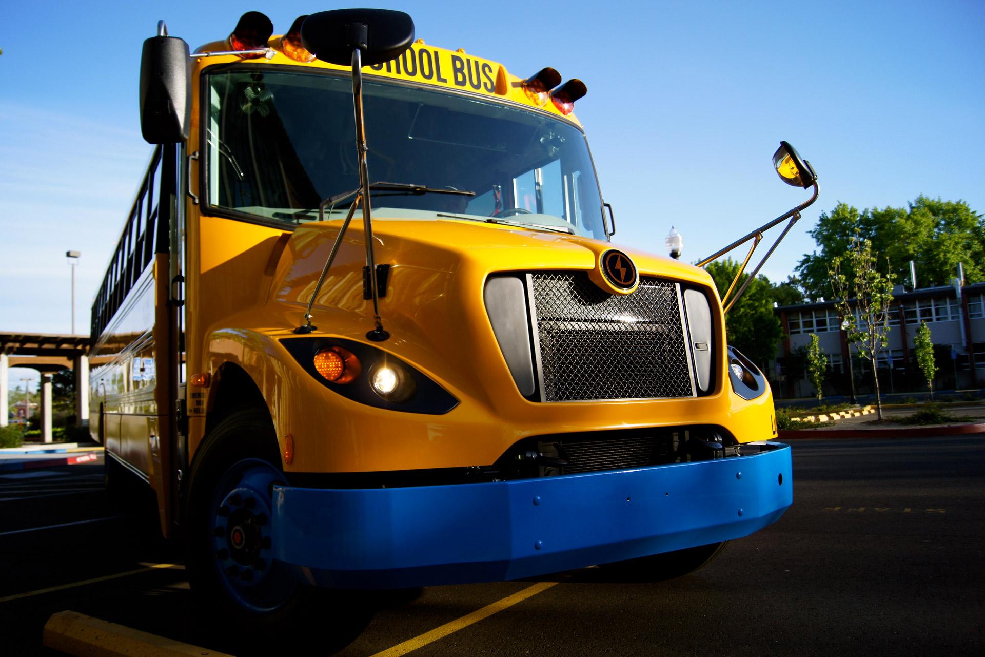 stnonline.com - The Lion Electric Company, Northern Genesis Acquisition Corp. Announce Merger - School Transportation News