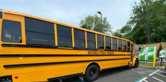 """A Thomas Built Buses Saf-T-Liner C2 """"Jouley"""" electric school bus with V2G capability being piloted in Beverly, Massachusetts. Source: Proterra"""